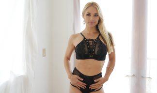 Sarah Vandella posing in lingerie